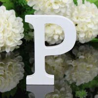 Lettres de l'alphabet anglais en bois blanc - décor de mariage